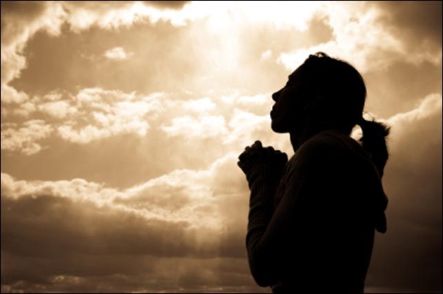 woman praying silhoutte_thumb[2]